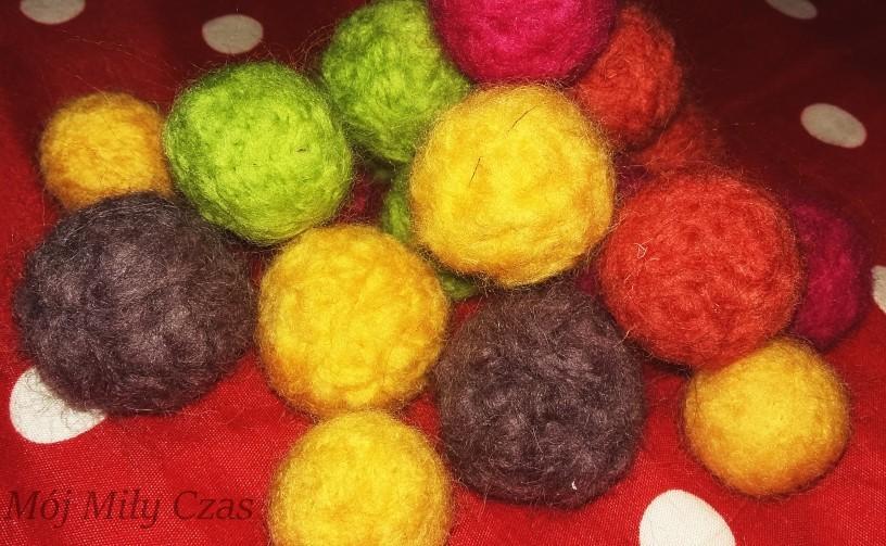 kolorowe miękkie kulki z filcu